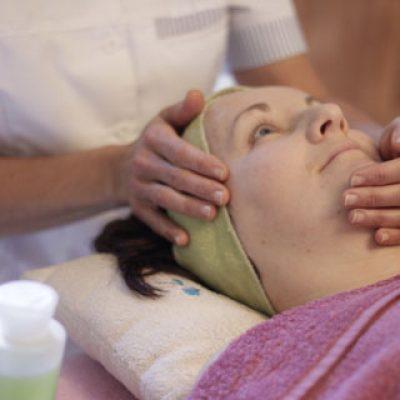 Luxury Aromatherapy Facial